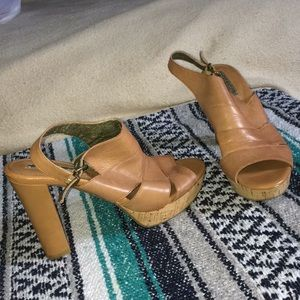 Leather Banana republic chunky heel cork platform